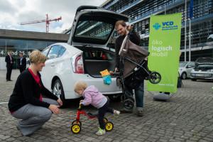 Hybridelektrokraftfahrzeug mit einer Familie