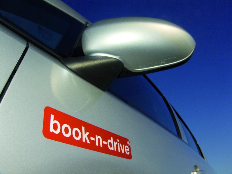 book-n-drive Logo