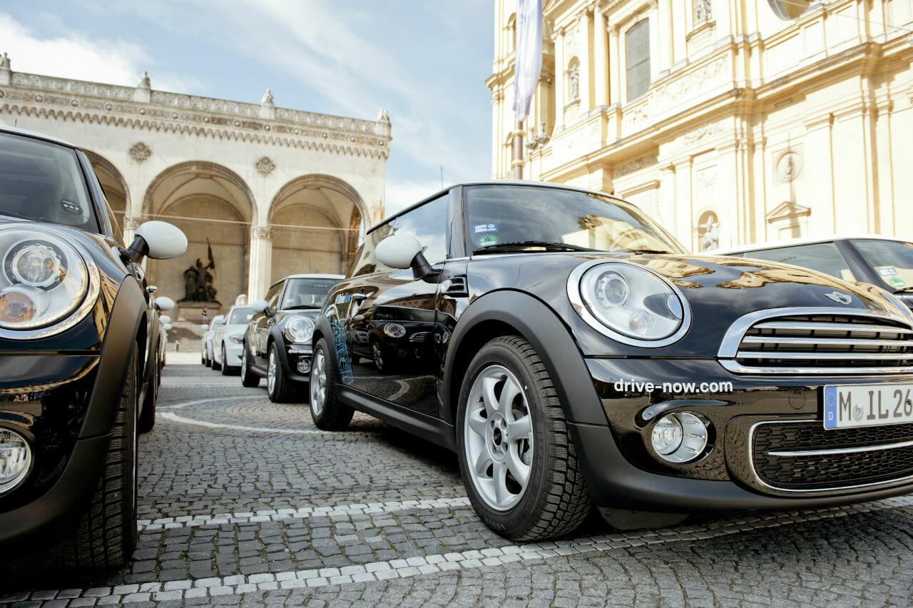 DriveNow Fahrzeuge in München