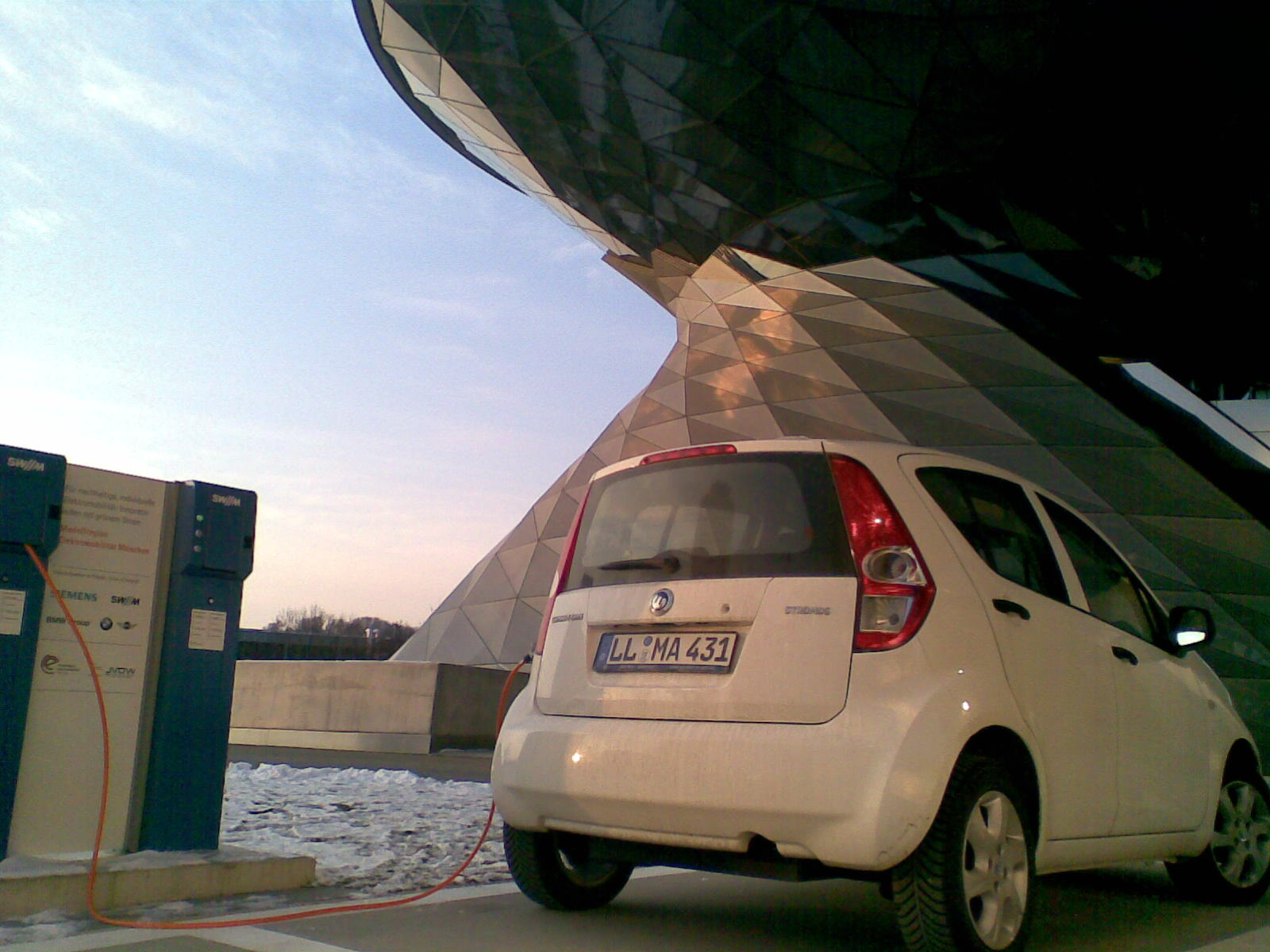 Stromos Fahrzeug von emma car