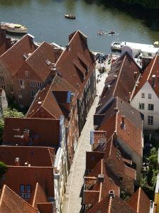 Blick über die Dächer von Lübeck von St. Petri aus nach Westen © Arnold Paul