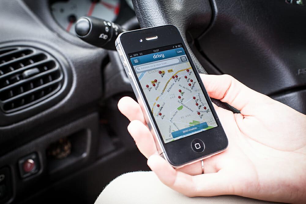 Drivy App auf einem Smartphone