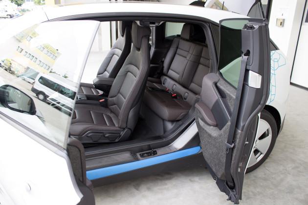 BMW i3 von DriveNow alle Türen geöffnet