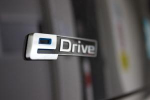 BMW i3 von DriveNow e-drive Logo