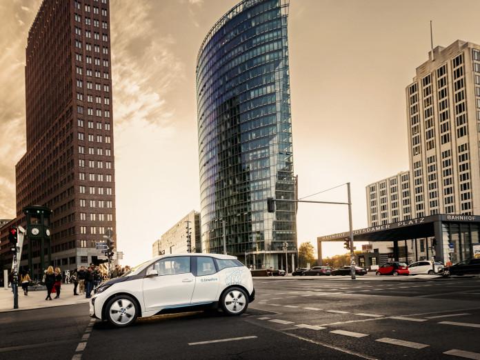 DriveNow BMW i3 am Potsdamer Platz