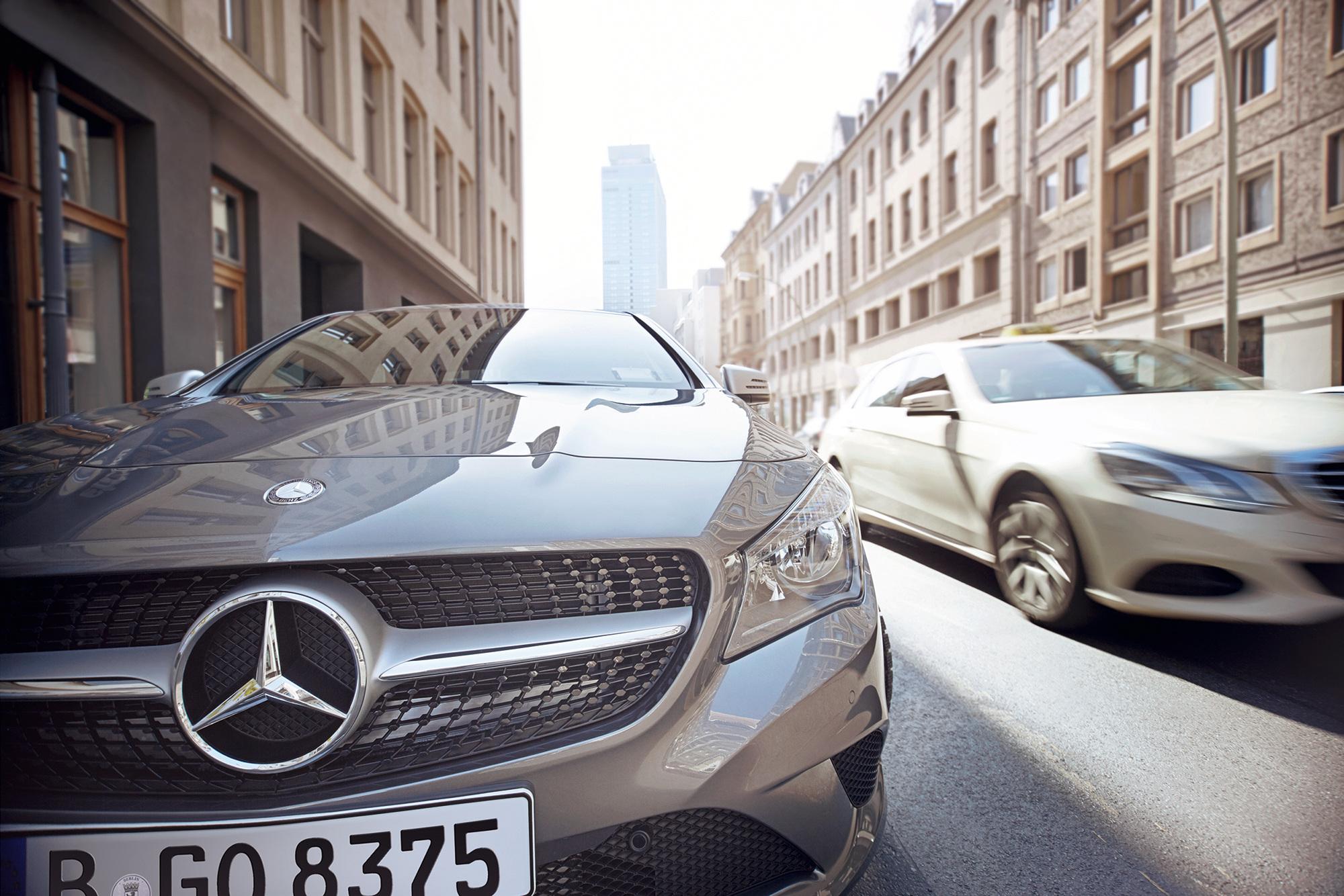 Front eines car2go Mercedes-Benz